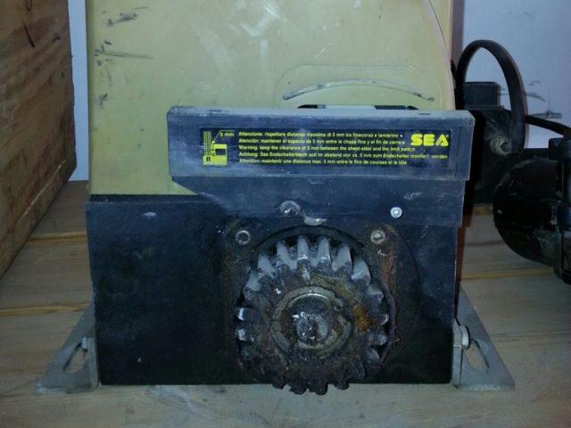 מנוע לשער חשמלי