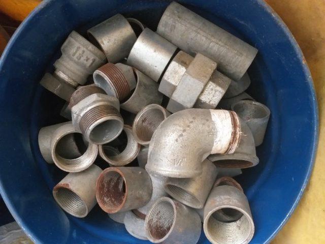 אביזרי צנרת מגלוונים 1.5-1.25 צול